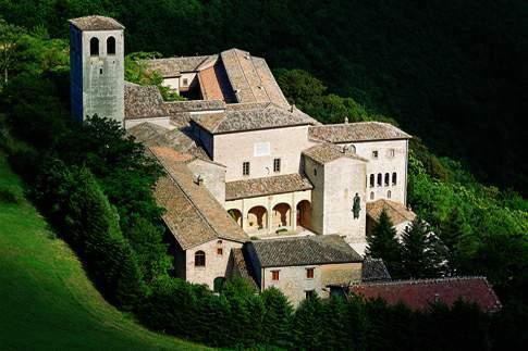 Serra Sant'Abbondio - Monastero della Santa Croce di Fonte Avellana
